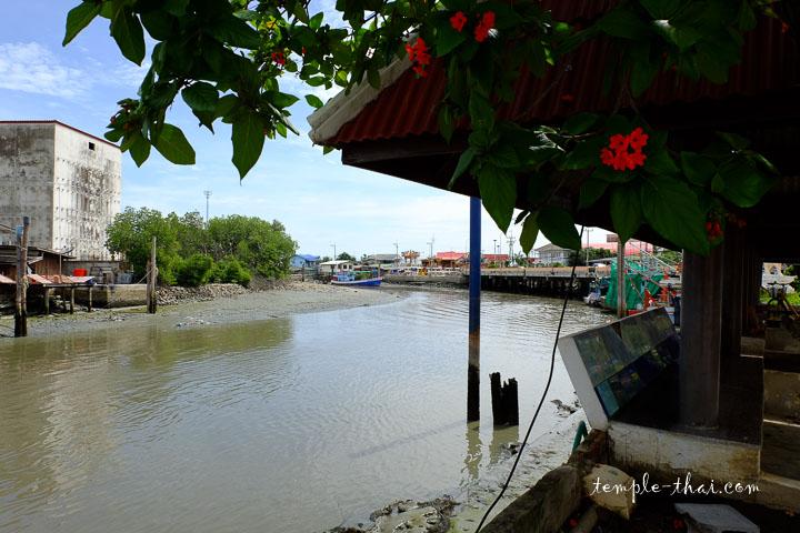 Fleuve Phetchaburi