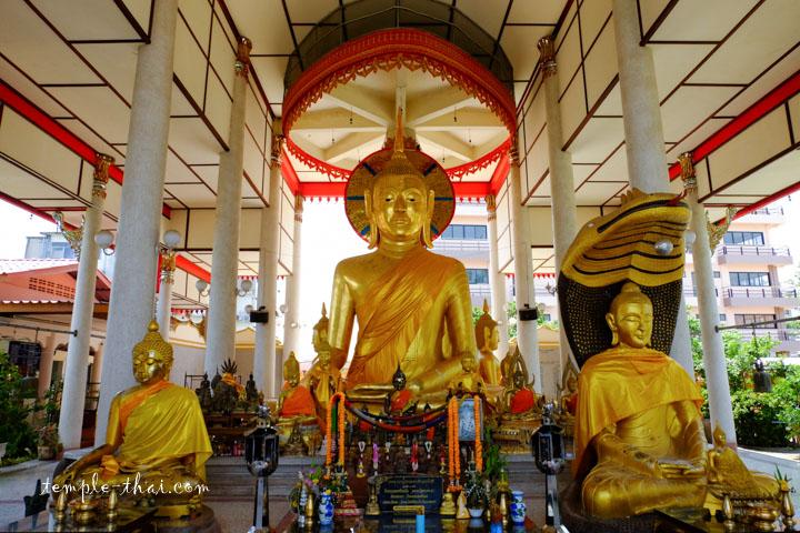 Luang Po Mo (หลวงพ่อโม้)