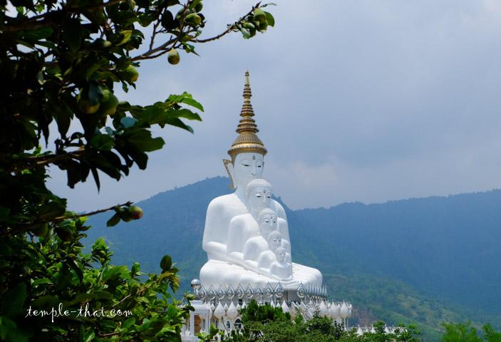 Wat Phrathat Pha Sorn Kaeo