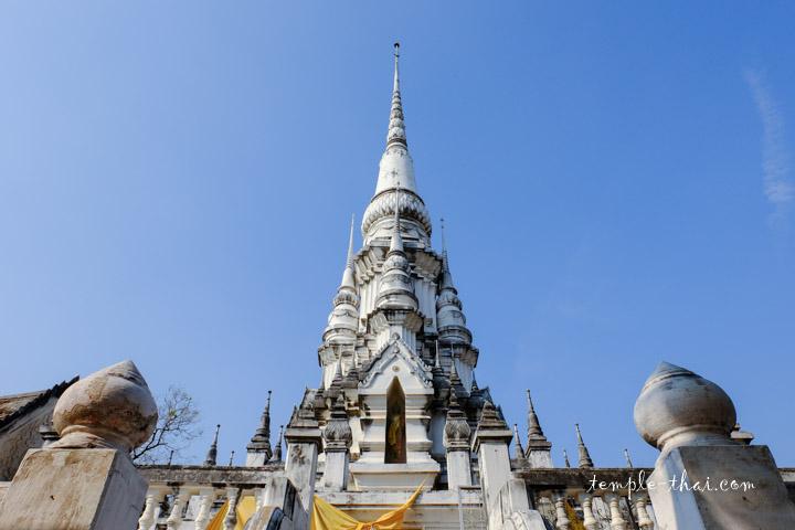 Wat Khao Kaeo Worawiharn