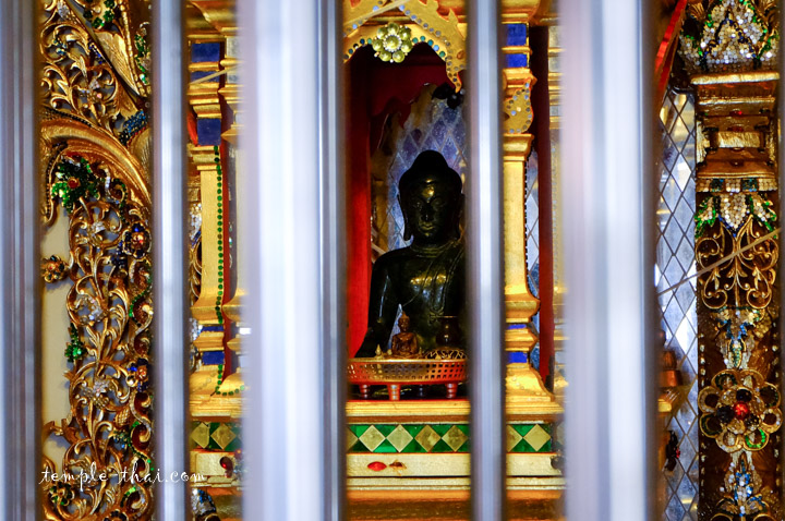 Phra Kaeo Makarot (พระแก้วมรกต)