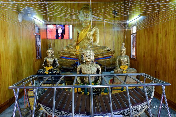 Luang Po Oon (หลวงพ่ออ้อน)