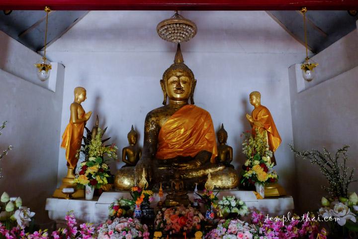 Luang Po Bang Bang (หลวงพ่อบางบ่าง)
