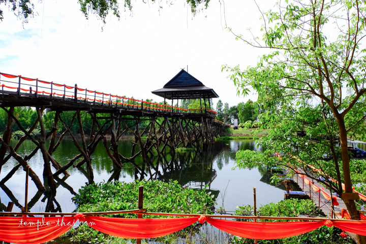 Pont en bois thaïlande
