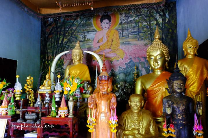 Wat Pa Tai Chiang Khan