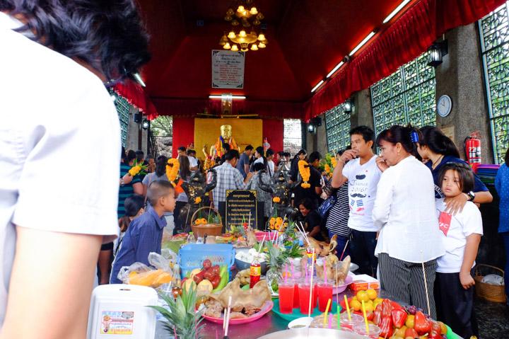 Phra Kan Shrine
