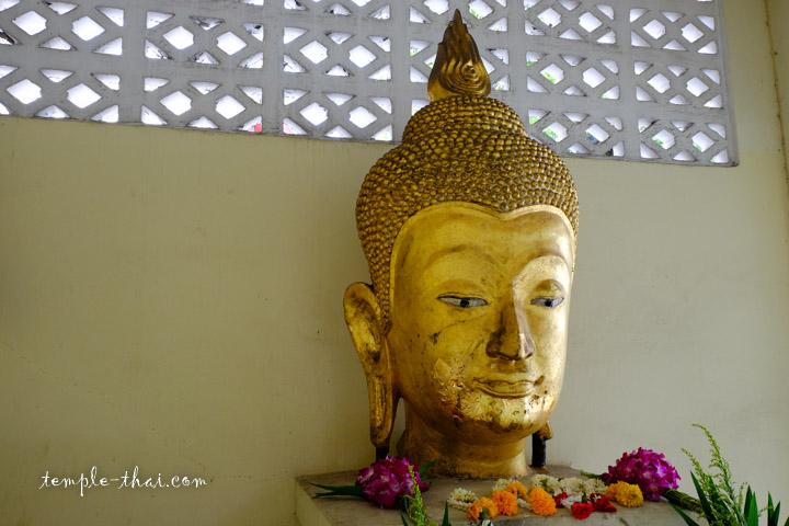 tête d'un bouddha