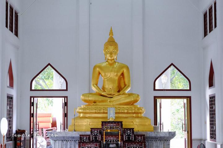 พระพุทธประธานญาณเวศกวโนดม