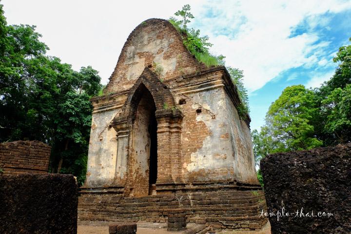 Wat Phaya Dam