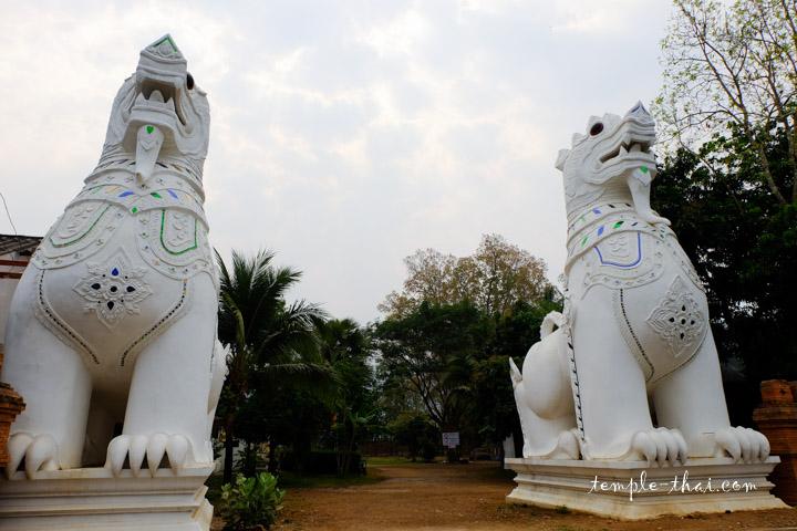 Wat Si Don Chai Pai