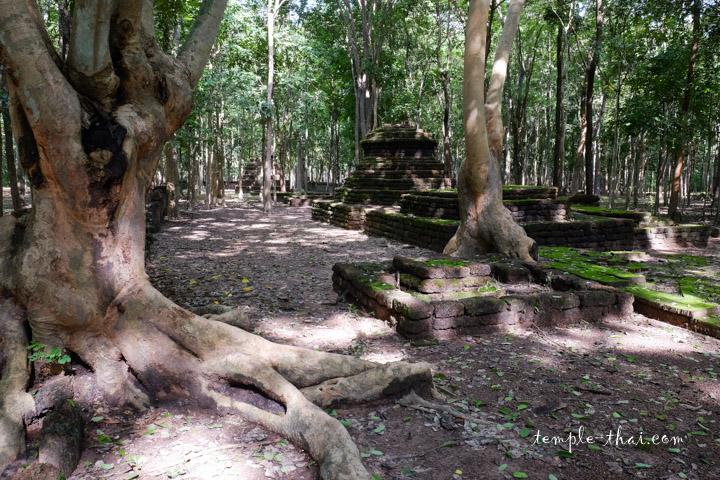 Parc historique de Kamphaeng Phet