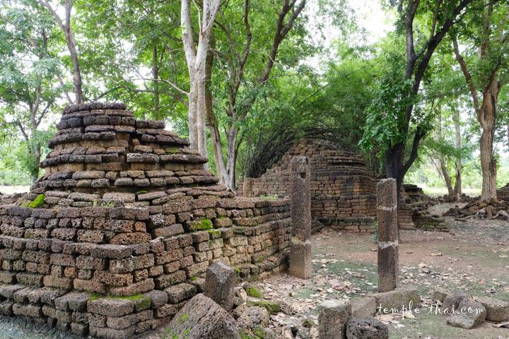 Wat Rahu Si Satchanalai