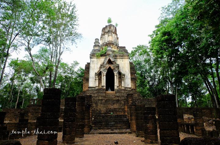Wat Chedi Kao Yot