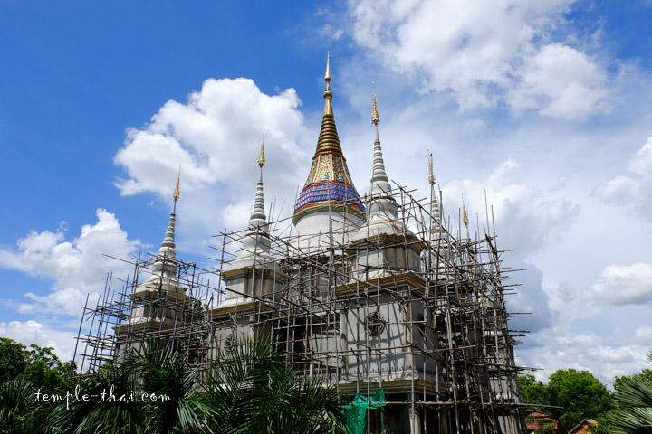 Wat Santi Nikhon