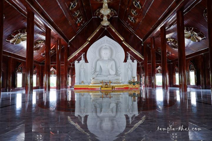 Temple Saraburi