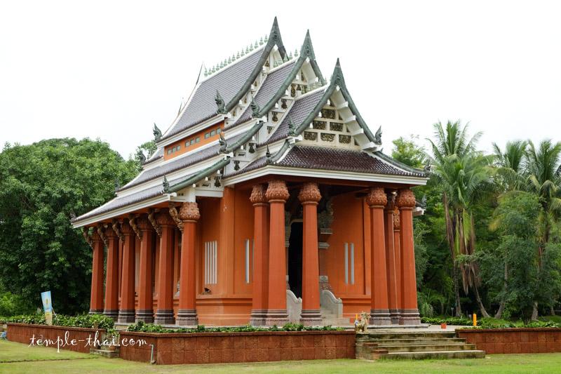 Wat Bot Bang Khlang