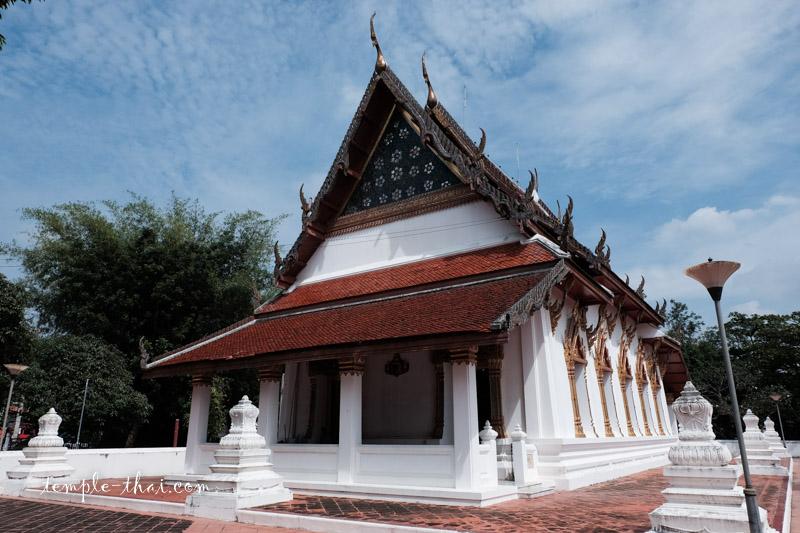 Wat Amphawa Chetiyaram