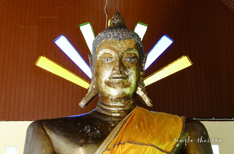 Wat Muang Chum