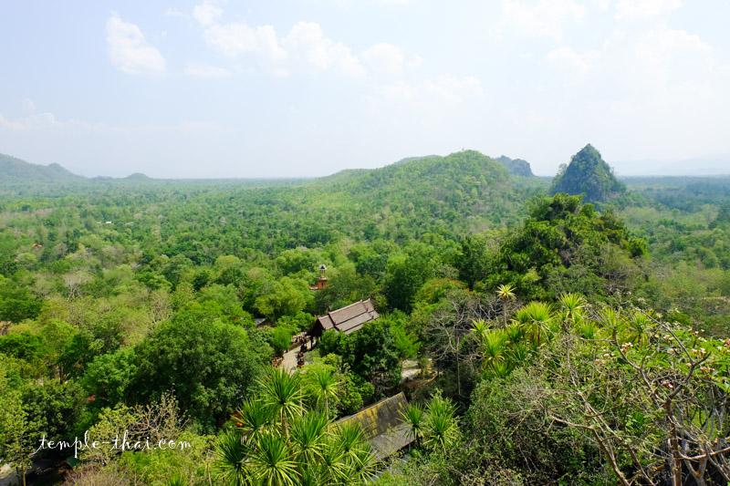 Wat Tham Suk Kasem Sawan