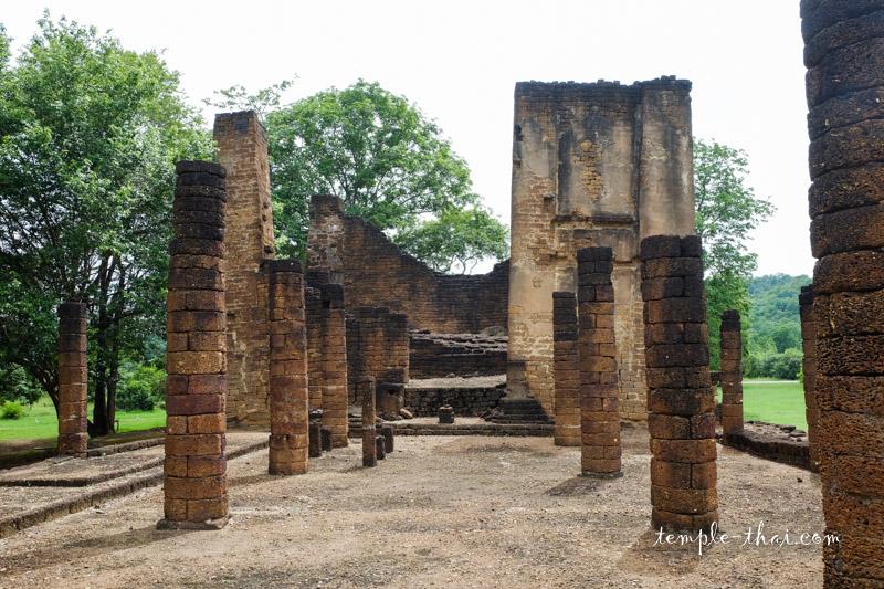 Wat Yai Ta